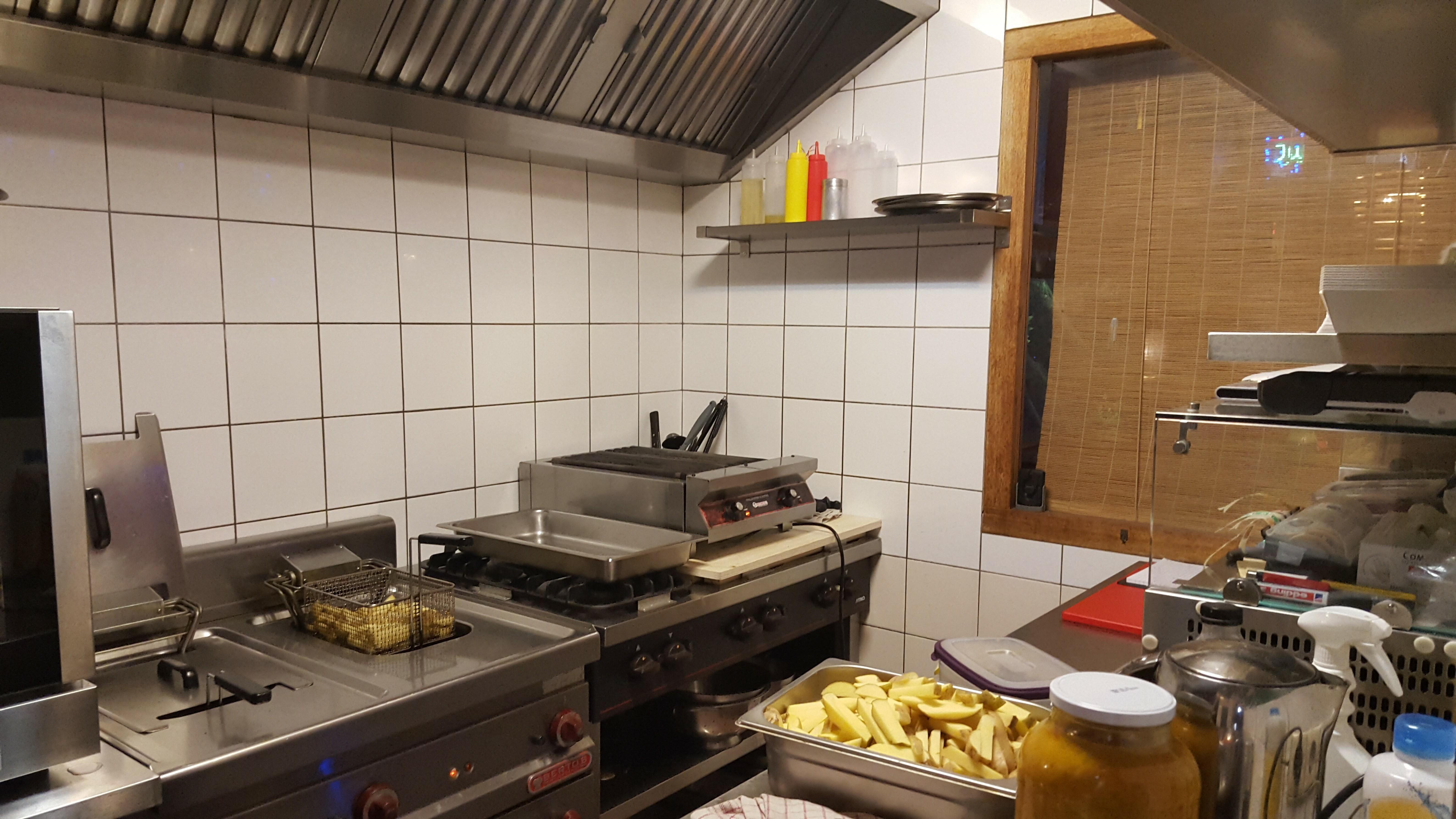 Keuken En Deli : Tikibar heeft met per s deli weer een keuken de buik van rotterdam