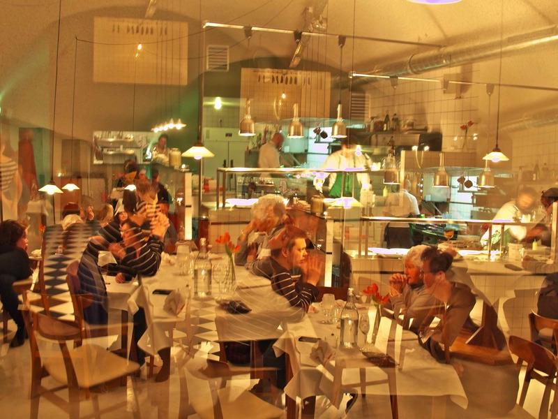 Jaar restaurant de jong avontuur van jim duurt voort