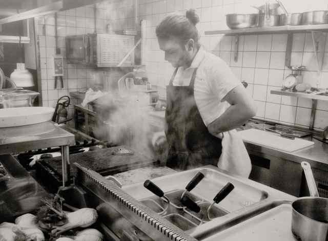 8 hipster food trends die wel niet blijven in 2015 de buik van rotterdam - Tegel metro parijs ...