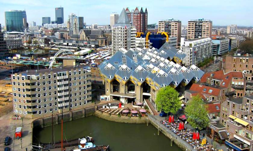Plan C Keert Terug In De Oude Haven De Buik Van Rotterdam